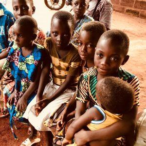 11. Récupération et réinsertion des enfants de la rue et des enfants en conflit avec la loi