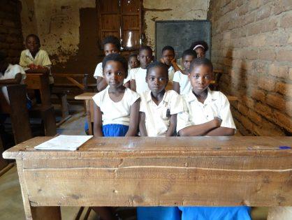 61. Centre de Formation en techniques d'information et communication (TIC) pour écoliers